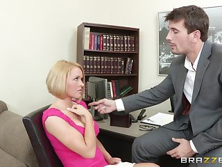 Large fake interior wife Krissy Lynn moans by way of passionate bonking