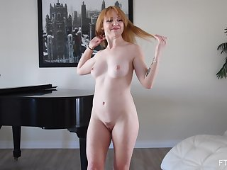 Amateur membrane of cute room-mate Nikole flashing her sexy body