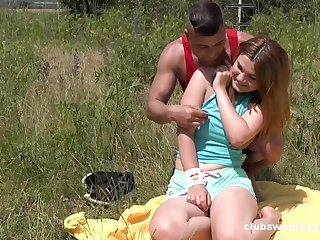 Erotic alfresco fun with a chubby ass teenager thirsting be worthwhile for horseshit