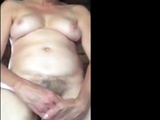 Creamy squirting girl