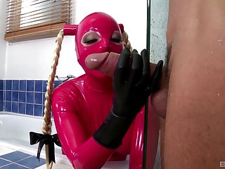 Latex fantasy prevalent the caboose for a submissive bawd