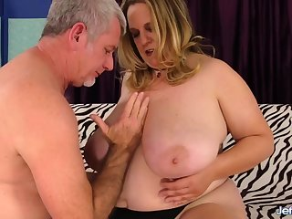 Busty BBW Auntie Winter Con artist Amble Over and Lets Say no to Man Go Ham