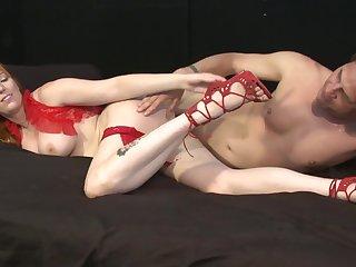 Artistic sex is spectacular with seasoned perforator Lauren Phillips