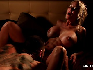 Athletic MILF with abs Brandi Love having passionate sex with her lover