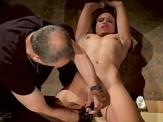 Promised slave made round height in bondage sex