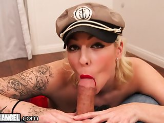 Dirty whore with big tits Harlow Harrison does her best in hot POV video
