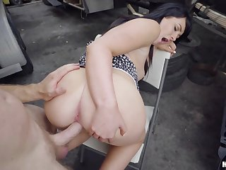 One kinky dude picks up ladies for cash reality porn video