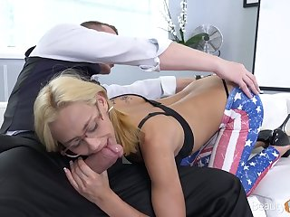 Micro auriferous chick Veronica Leal gets fucked and takes cumshots on her glasses