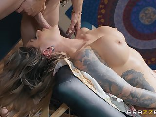Karma RX gets her shaved pussy desroyed by her horny masseur