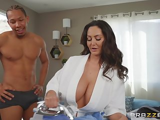 stupendous tits Ava Addams makes hard dick disappears in her pussy