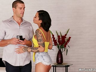 Tattooed wild hot cowgirl Honey Aurous rides Hawkshaw after fantastic blowjob