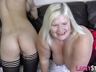 Grandma tongues blondie whores cunt