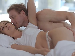 Daphne Dare loves morning sex and this comely laddie is so passionate