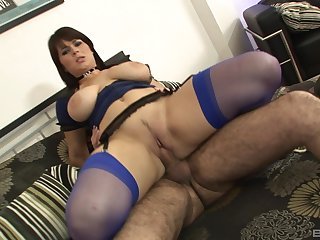 Fat ass mammy rides hard and swallows transmitted to jizz