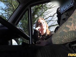 Redhead latitudinarian Zara Durose sucks the long dick be required of the taxi driver