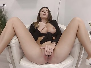 Solo newborn shows off rubbing pussy like a goddess