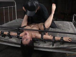 Rough bondage slave unnoticed opportunity for submissive Gabriella Paltrova