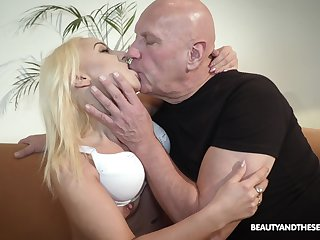 Bald old dude got lucky and banged hot blonde Daisy Dawkins
