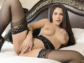 Horny battle-axe Valentina Nappi gives a rimjob and gets fucked
