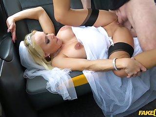 Slutty bride Tara Spades fucks her cabbie on her conjugal swain