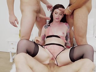 Anal for the on one's uppers belle after a glorious blowjob