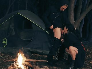 Outdoors shagging not later than camping with on the up boobs Joanna Angel
