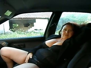 This busty mature woman wants me there primate her pussy in my motor vehicle